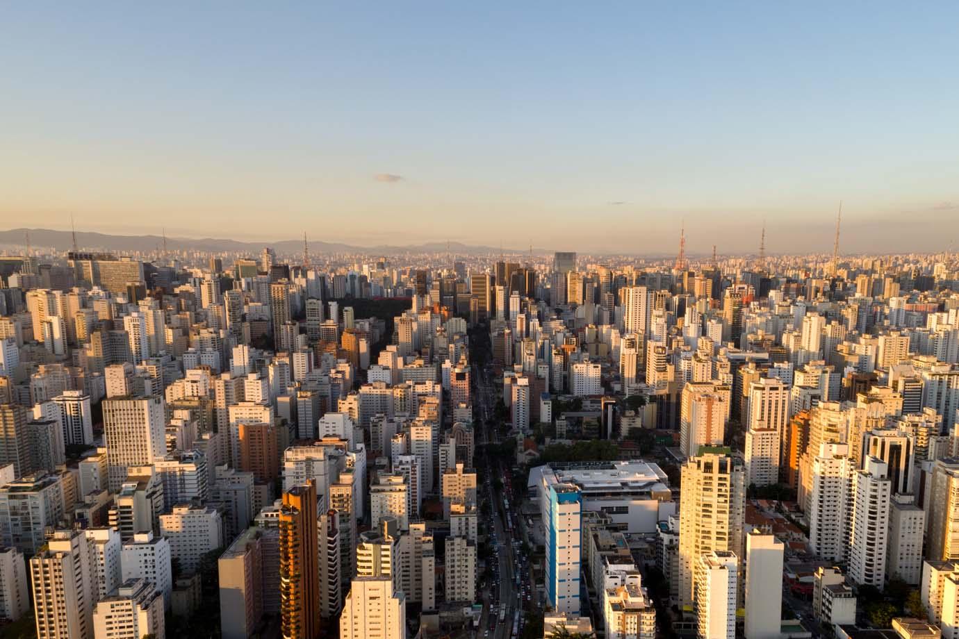 Como a linguagem simples tem melhorado a comunicação em condomínios de São Paulo